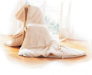 Decke luftig 300x243 Gut schlafen trotz heißen Nächten