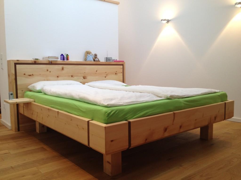 Eschenbach Bett klein 1024x768 Zirbenholzmöbel